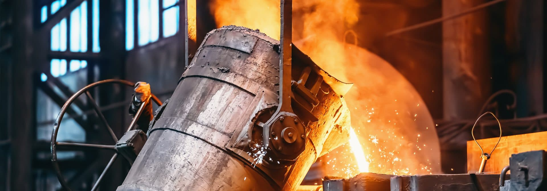moulages de différents matériaux, comme l'acier, l'acier inoxydable, l'aluminium, le fer et le laiton.